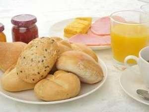 ホテルルートインコート韮崎:御好きな物をお召し上がり下さいませ。