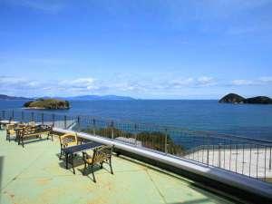 絹島温泉 ベッセルおおちの湯:◆【テラス】海を眺めるテラスで語らいのひと時を…♪
