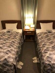 ビジネスホテル ゲイツ イン