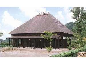 川口温泉 奥羽山荘:小民家造りの別館和風コテージ「もみじ庵」は少人数からでも貸切でご利用頂けます。