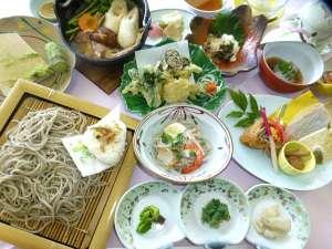 川口温泉 奥羽山荘:大人気の料理長こだわりの手打ち蕎麦と季節の旬が彩る和食膳
