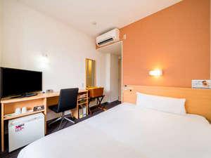 スーパーホテル奈良・大和郡山 天然温泉 湯元大納言秀長の湯:【シングルルーム】清潔感あふれるお部屋で安心です。