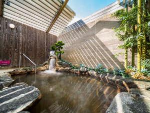 スーパーホテル奈良・大和郡山 天然温泉 湯元大納言秀長の湯:【天然温泉・秀長の湯】露天風呂で疲れを癒してください。