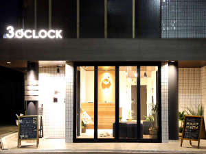 HOTEL 3O'CLOCK TENNOJIの写真