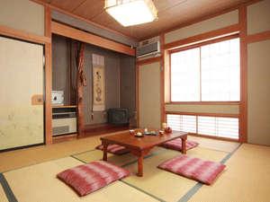 民宿 よしお:和室10畳タイプ