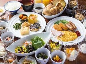 金沢ニューグランドホテルアネックス:和洋ブッフェ 2階「ポロ」にて7:00^10:00 地物を使った料理もあります!