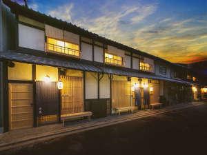 一軒町家 さと居 七条壬生 香雪(KOSETSU)の写真