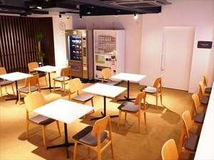 日本橋室町BAY HOTEL:1F共用ラウンジ(地下1Fにもあります)