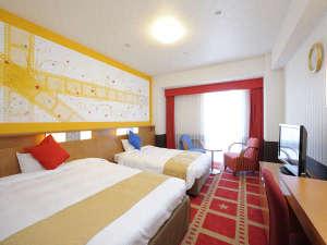 ホテル京阪 ユニバーサル・シティ:コンフォートザムービー(27㎡/2名1室)映画のフィルムをイメージした明るいお部屋。