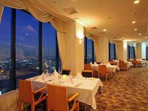 新横浜プリンスホテル:41階の天空レストラン「トップオブヨコハマ鉄板焼き&ダイニング」