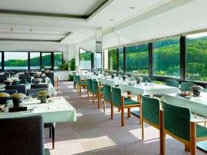 旬の宿 ニセコグランドホテル:5階レストラン「後志」