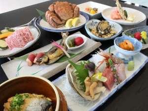 旬の宿 ニセコグランドホテル:老舗御膳料理イメージ和牛・毛蟹(おひとり様半身)等、旬の食材をご用意しております