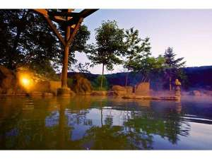 """旬の宿 ニセコグランドホテル:「ナトリウム‐塩化物泉」は、湯上り後も肌が""""しっとり""""""""ホカホカ"""""""