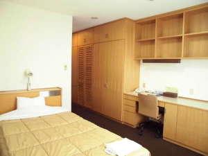 くもづホテル&コンファレンス:多くのお客様からご好評いただいている広いお部屋が自慢です。