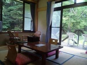 旅館 白根荘:1階 お風呂に近い静かな角部屋 テラス付き