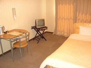 コンビニAyersRockホテル石巻
