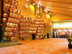 プラザホテル山麓荘:秋田を代表する竿灯