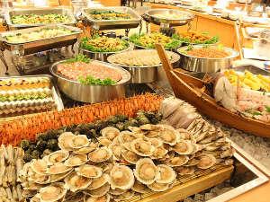 三朝ロイヤルホテル(HMIホテルグループ):■ロイヤルビュッフェの新鮮魚介