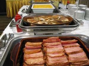 ホテル ルイズ:朝食バイキングイメージ