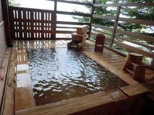 伊香保温泉 雨情の宿 森秋旅館:源泉かけ流しの貸切露天風呂