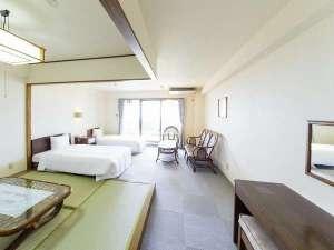 かねひで恩納マリンビューパレス:4.5畳・ツイン・簡易キッチン完備の広々和洋室!!ファミリー・グループにもオススメ♪