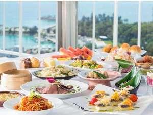 かねひで恩納マリンビューパレス:西海岸を一望する最上階のレストランは大人からお子様まで喜ぶメニューがいっぱい☆クチコミでも高得点!