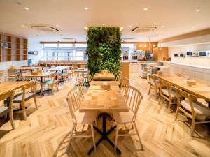 スーパーホテル高松・田町 天然温泉 讃岐の湯:朝食コーナーリニューアルOPEN!広くて使いやすくなりました!