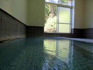 国民宿舎さぎの湯:源泉掛け流し大浴場