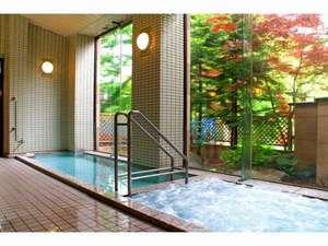 ばんけい温泉 湯人家:リフレッシュできるお風呂。ジャグジー風呂・露天風呂もございます。