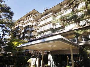 下部ホテル外観 石原裕次郎の常宿でもあった名門宿