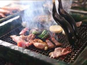 岩村山荘:【囲炉裏炭火焼き】じっくり焼いた川魚は骨まで柔らか!