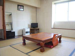 恵山温泉旅館:【和室(一例)】恵山の自然と共に癒しのひと時をお過ごしください