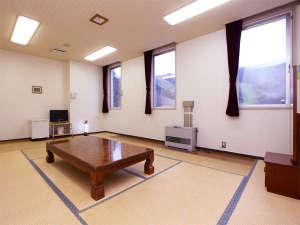 クアプラザピリカ:*和室10畳/4名様までお泊まりいただける広いお部屋です。