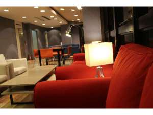 ホテルサンクラウン大阿蘇:リニューアルしたホテルロビー