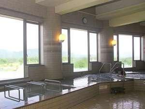 うらかわ優駿ビレッジAERU(アエル):日高山脈を望む展望風呂♪ジャグジー風呂や、薬湯風呂、寝湯、打たせ湯、サウナ。旅の疲れを癒そう!