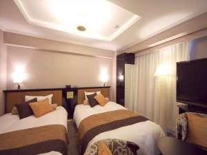 アパホテル<八丁堀駅南>:デラックスツインルーム(広さ22㎡/ベッド幅120cm×2台)