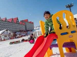 奥白馬温泉 ホテルグリーンプラザ白馬:コルチナワンダーヴィレッジ・キッズパークは雪遊びデビューにもぴったり!