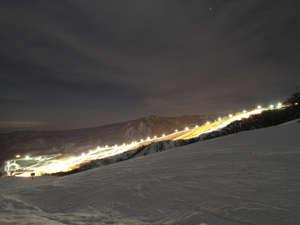 夏油高原スキー場スキーヤーズベット 兎森の湯:ナイターの様子