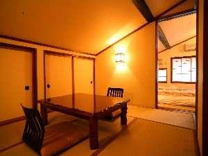 湯う香 三蔵庵(さんぞうあん):全てのお部屋が2間続きになっております(客室一例)