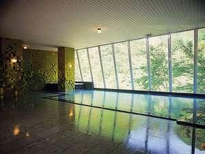 男性大浴場「翠泉」ワイドなパノラマ風景を楽しめます!広いお風呂は大好評!