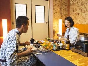 """【お部屋食】当館のお食事は""""お部屋食""""で気兼ねなく。周りを気にせずご自身のペースでごゆっくり。"""