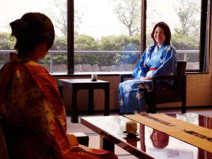 加賀屋グループ 料理旅館 金沢茶屋:くつろぎの和空間をお楽しみください
