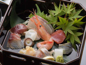 加賀屋グループ 料理旅館 金沢茶屋:お造り10種盛り