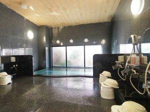 ラジウム人工温泉大浴場