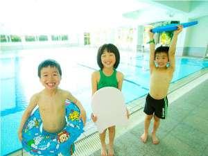 下呂温泉 水明館:お気に入りの浮き輪を持ってプールへ♪思い出の夏休み☆