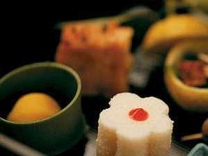 津和野温泉宿 わた屋:わた屋会席料理(前菜一例)