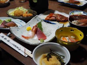 仙石原温泉 福島館:*箱根の地の物を生かした家庭料理をご提供いたします。