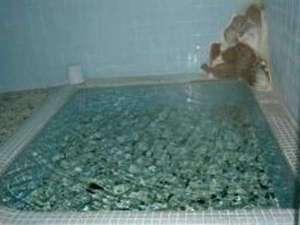 薬研温泉 薬研荘:*天然温泉・源泉掛け流しで湯量たっぷり!・心と体をリフレッシュ