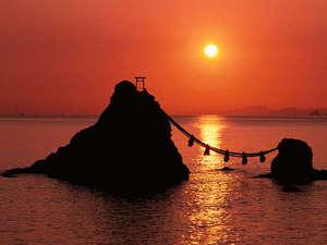 木の温もり溢れる和風旅館 松阪屋 吸霞園:夫婦岩