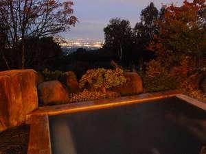 北アルプスと松本平を一望する 天空の一軒宿 茜宿